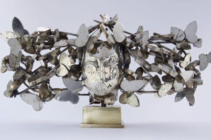 Mariposas Plateadas I 13x29x8 White Bronze 2017