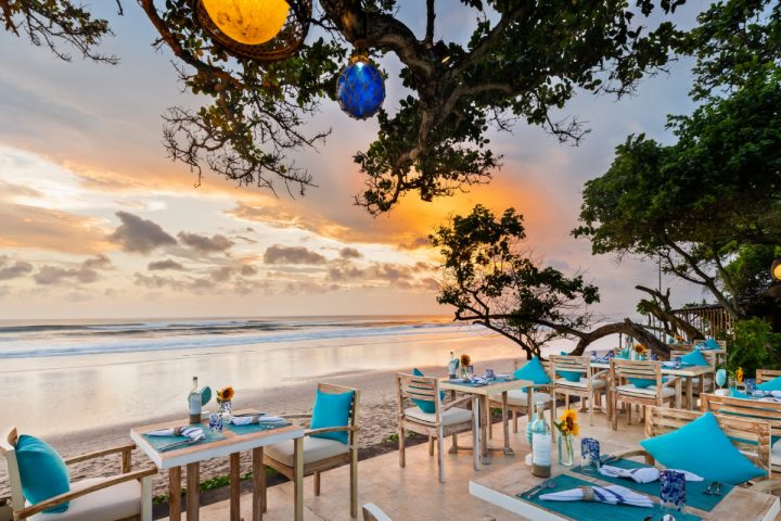 Sanje Restaurant - Sunset View | The Seminyak Beach Resort & Spa: A Tropical Island Getaway with Family this Ramadan and Eid-Al-Fit | The Luxe Diary